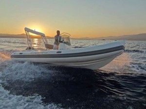 Motora-Capelli-Tempest-Remora-Ibiza-PitiusasBoat-03-300x225
